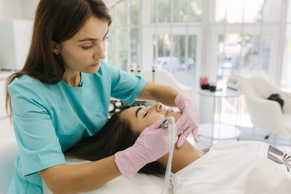 Hydrafacial Benefits at Daired's Salon & Spa Pangea